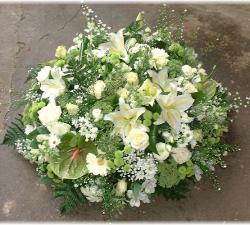 coussin_de_fleurs_pour_deuil_pouf